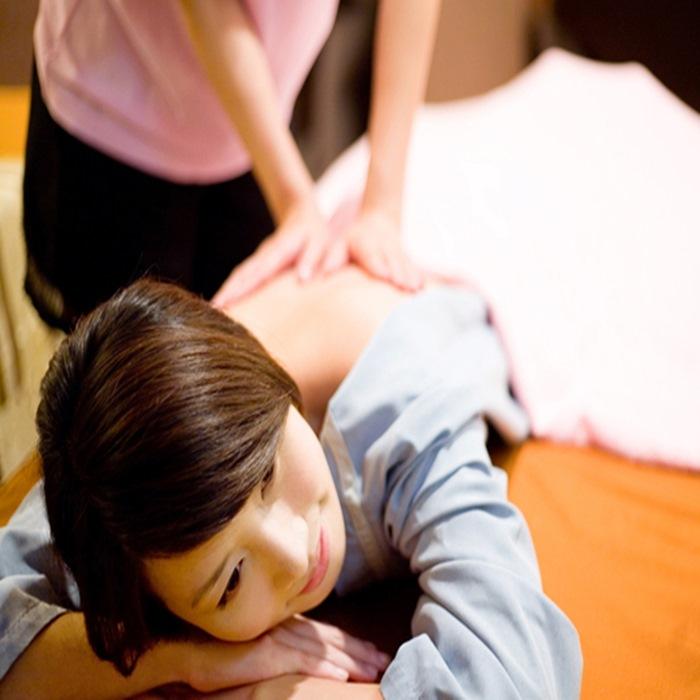 【台北】金樂足體養生會館-全身精油按摩+肩頸70分鐘
